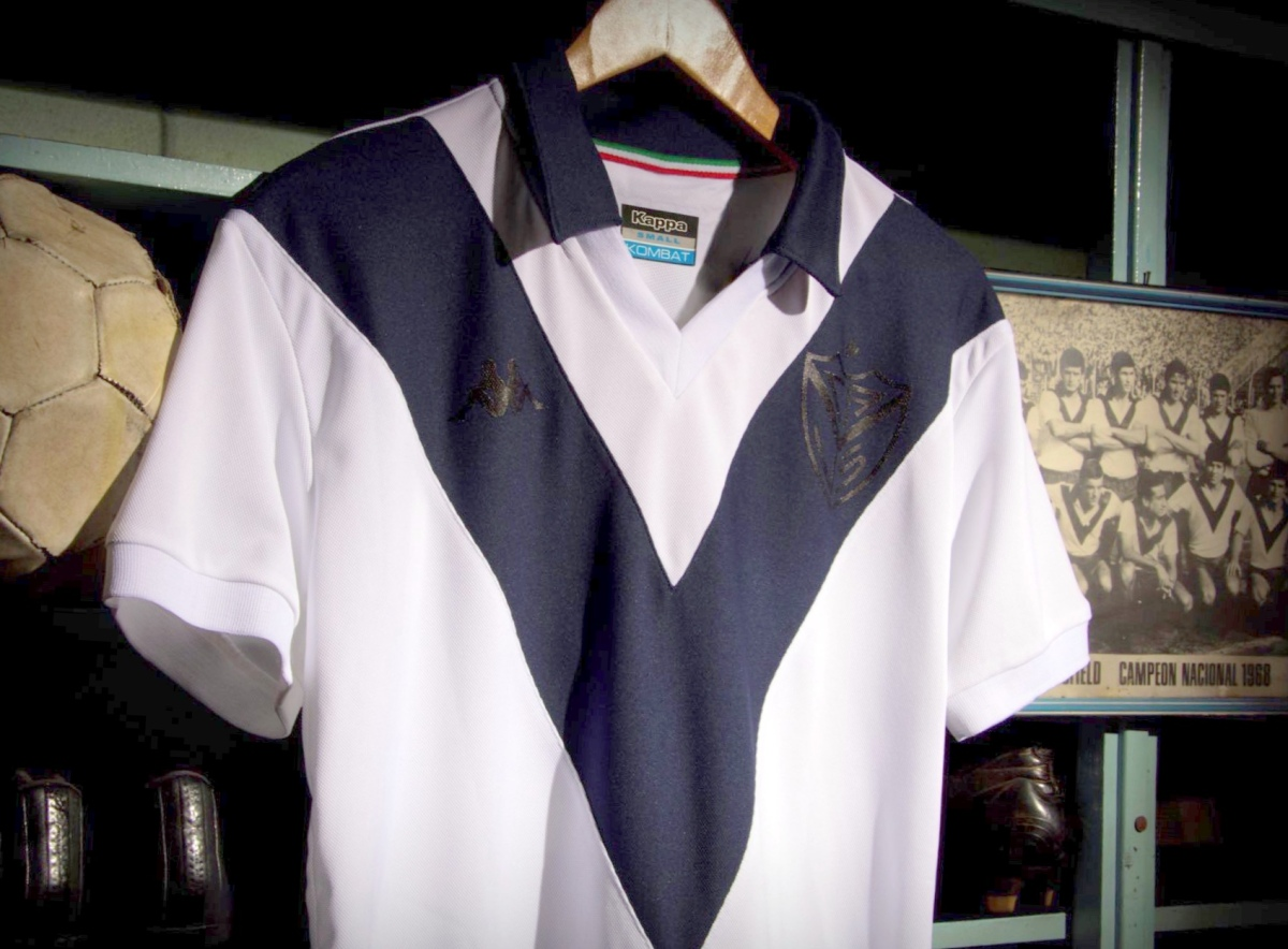 Kit of the Week #11: V is for Velez Sarsfield