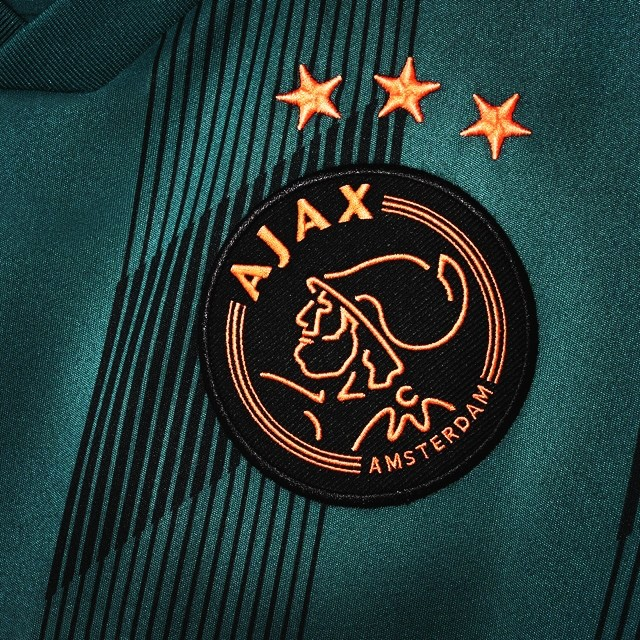 Ajax, badge, green