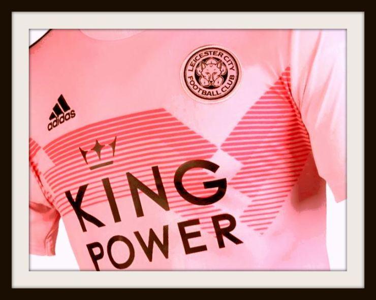 Leicester City, pink, away kit