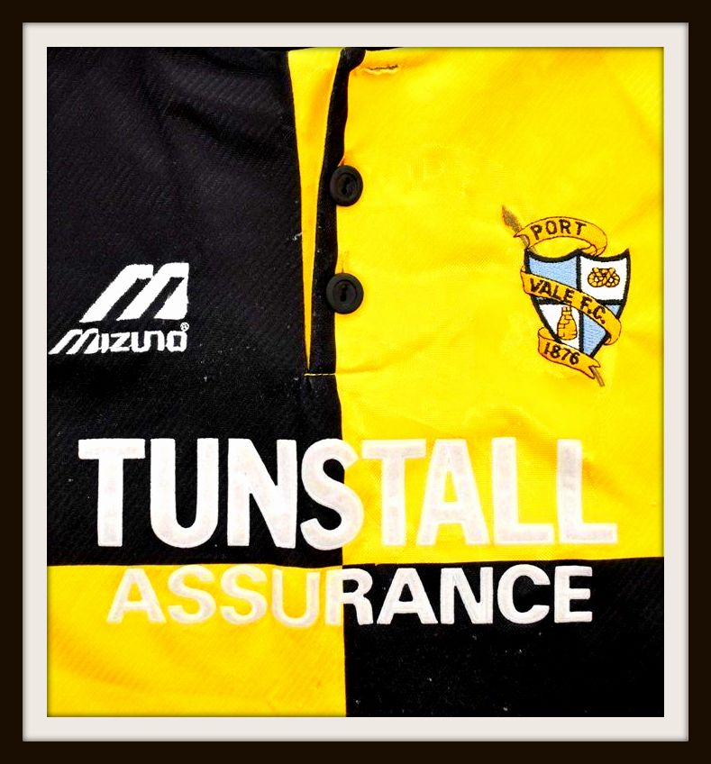 Port Vale, Mizuno, away, Tunstall Assurance