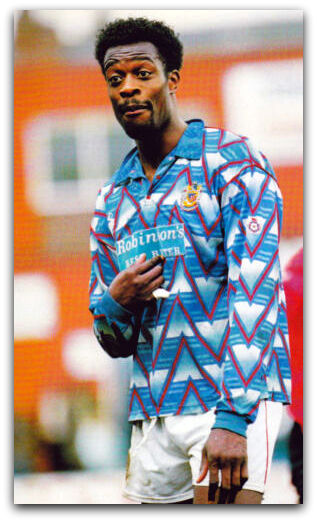 Kevin Francis, Stockport County